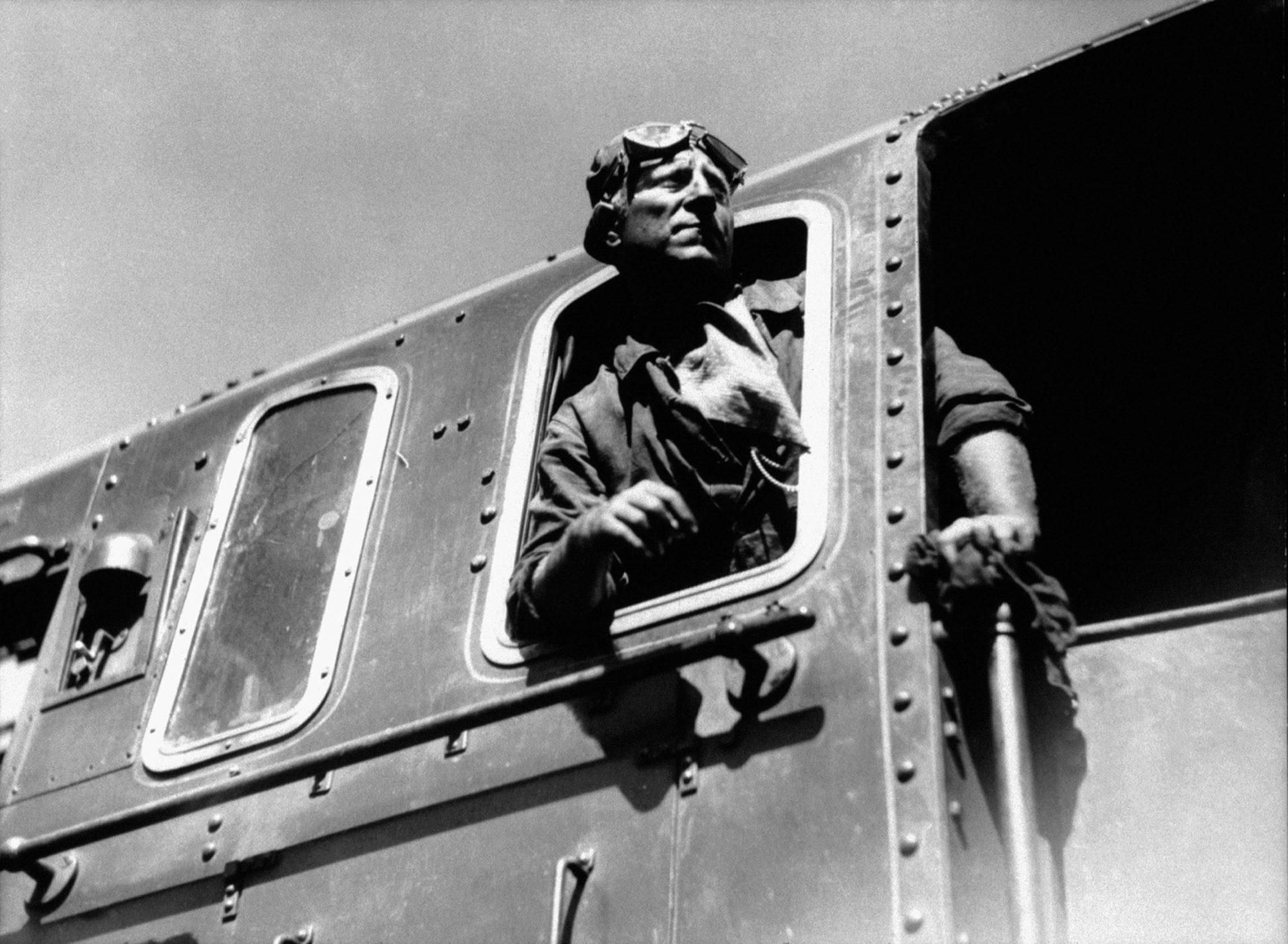 Travailleur du rail. Bete1-2000x1466